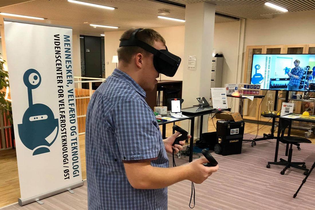 VR Training for Personal Care | Videnscenter for Velfærdsteknologi Øst